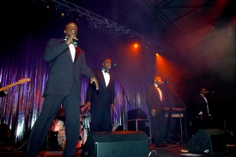 The Oil Barons' Ball held at AECC (Aberdeen Exhibition and Exhibition Centre) The Four Tops. Picture by COLIN RENNIE Saturday, August 18, 2007 .